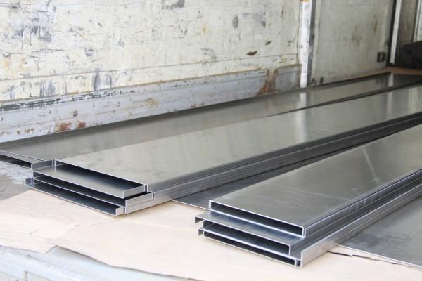 Панель алюминиевая отделочная